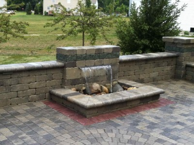 Merveilleux Formal Falls Water Feature With Unilock Seating Wall, Pillars And Olde  Greenwich Patio Located In