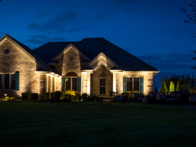 Entire House lit by LED Landscape Lights located in Davison, MI