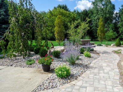 Outdoor Living Landscape in Flint Township, MI
